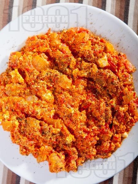 Миш-маш - класическа рецепта с печени червени чушки - снимка на рецептата